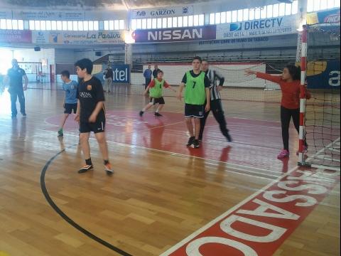 2015: Jornada de intercambio de 5to y 6to en el Club Olimpia.