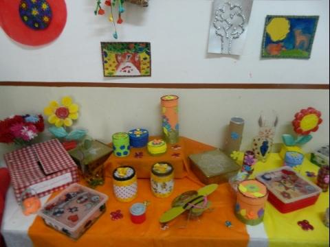 2014:Exposición final de trabajos de los Talleres de Extensión Horaria